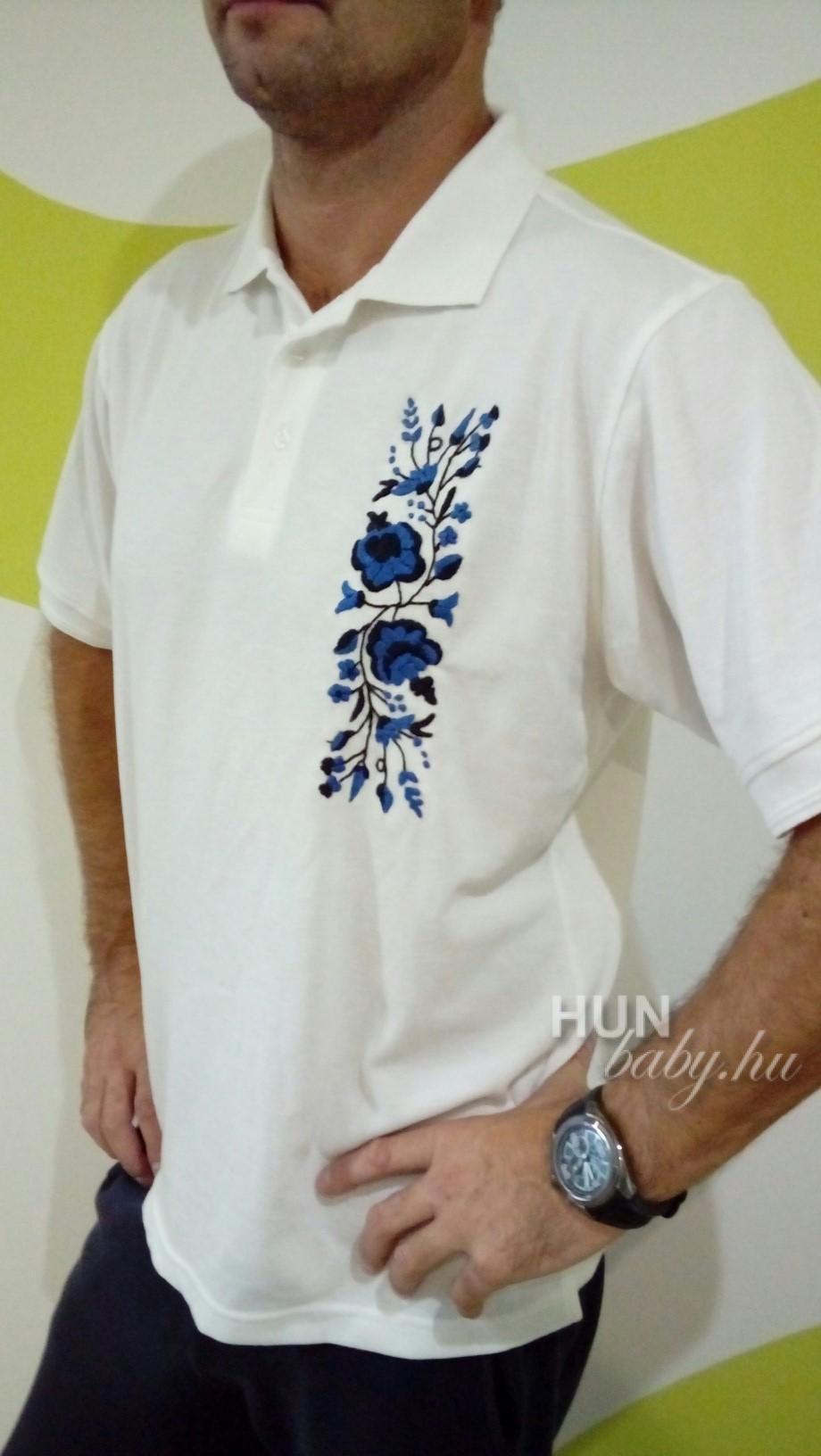 e19745f97a ... Férfi galléros póló - tenisz polo kalocsai mintával - kék-fekete kézi  hímzéssel ...